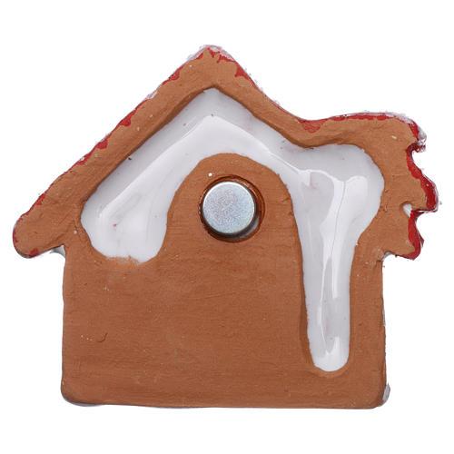 Magnete casetta con palma rossa lucina e Sacra Famiglia in terracotta Deruta 3