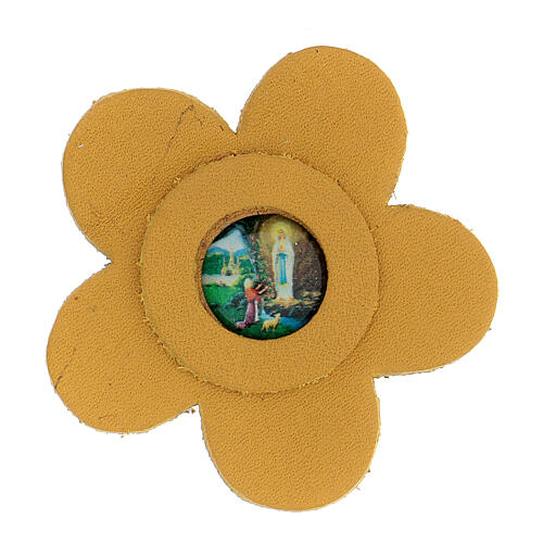 Magnet of Our Lady of Lourdes in real yellow leather with flower 5 cm 1