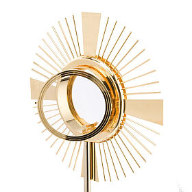 Concelebrating host monstrance classic style s3