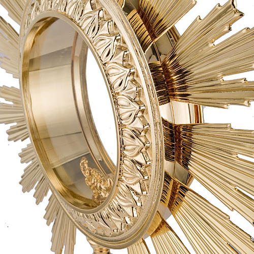 Baroque monstrance for concelebration host 4