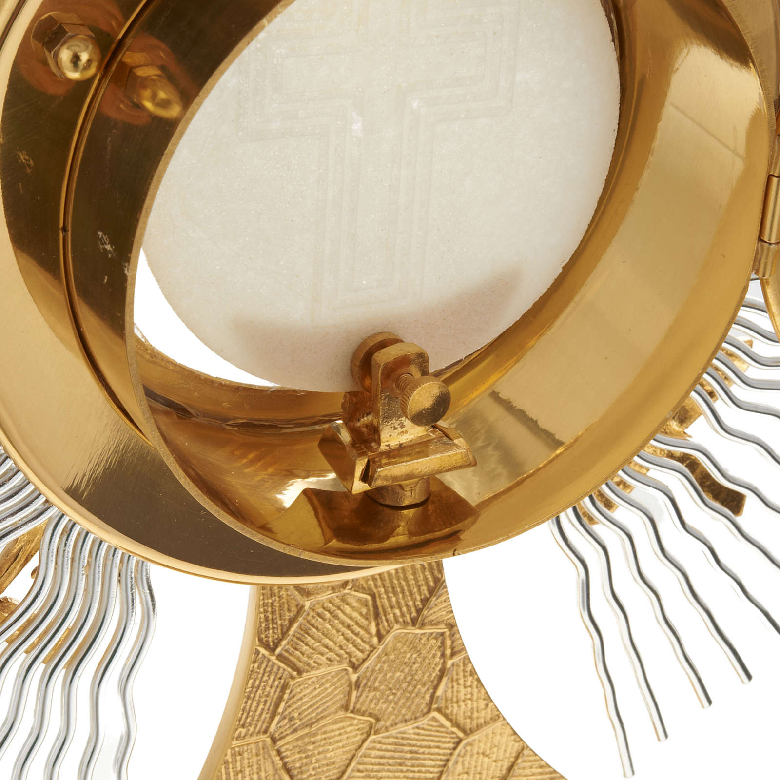 Monstrance rays and crosses 4