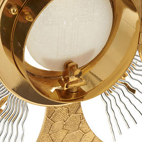 Monstrance rays and crosses s7
