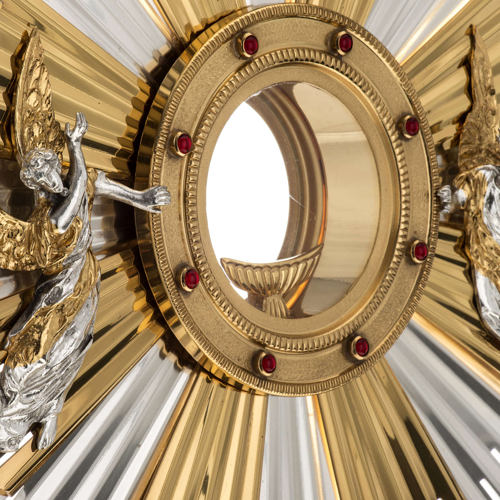 Monstrance for celebration host decorated with angels 4