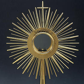 Monstrance with hammered gold-plated brass s2