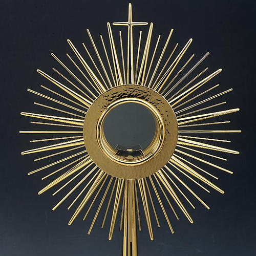 Monstrance with hammered gold-plated brass 2