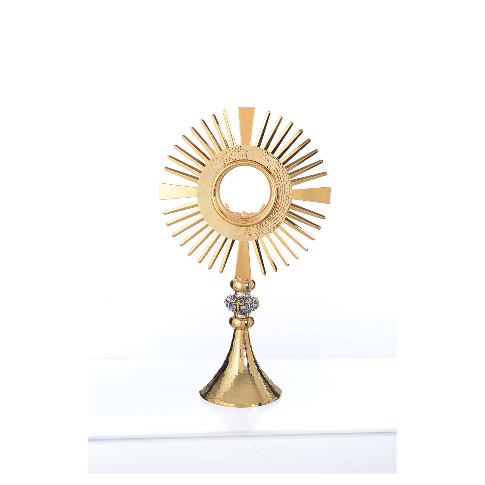 Monstrance hammered gold-plated brass 4