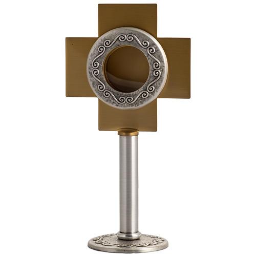 Reliquiario in ottone argentato, croce dorata 1