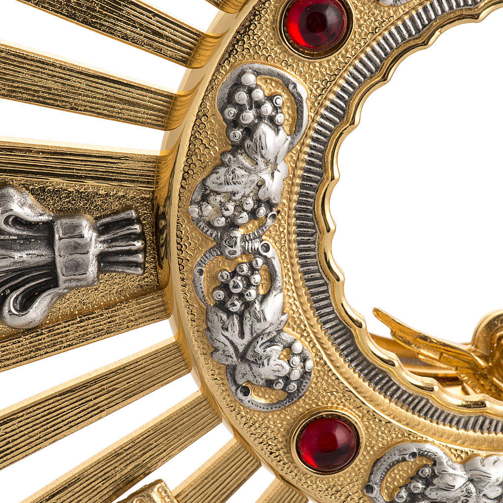 Two tone monstrance with putti and red stones 4