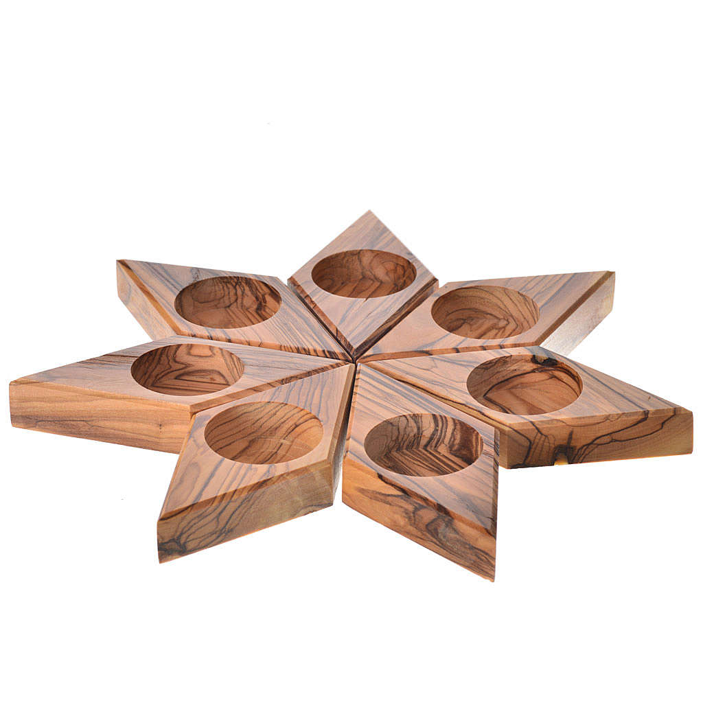 Olive wood star candle-holder 3