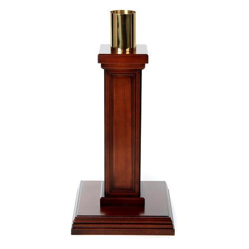 Porta cirio realizado de madera de nuez 1