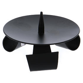Modern-style tripod candle holder with jag in black iron s2