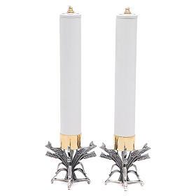 Pareja candeleros peltre plateado con vela s1