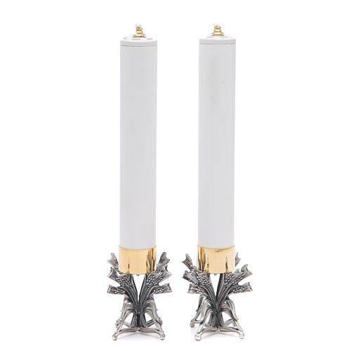 Pareja candeleros peltre plateado con vela 5