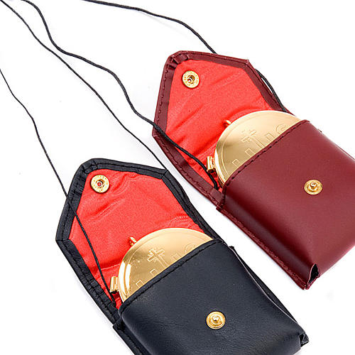 Pyx holder in real leather (Pyx included) 4