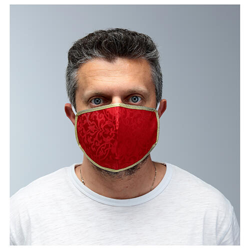 Washable fabric mask red/gold edge 2