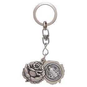 Portachiavi argentato rosellina con medaglietta San Benedetto s1