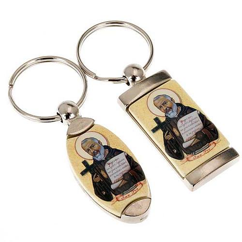Porte-clés métal Saint Père Pio 1