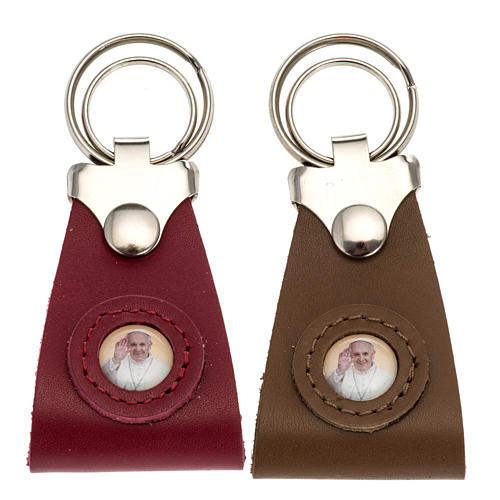 Pope Francis key ring in leather 1