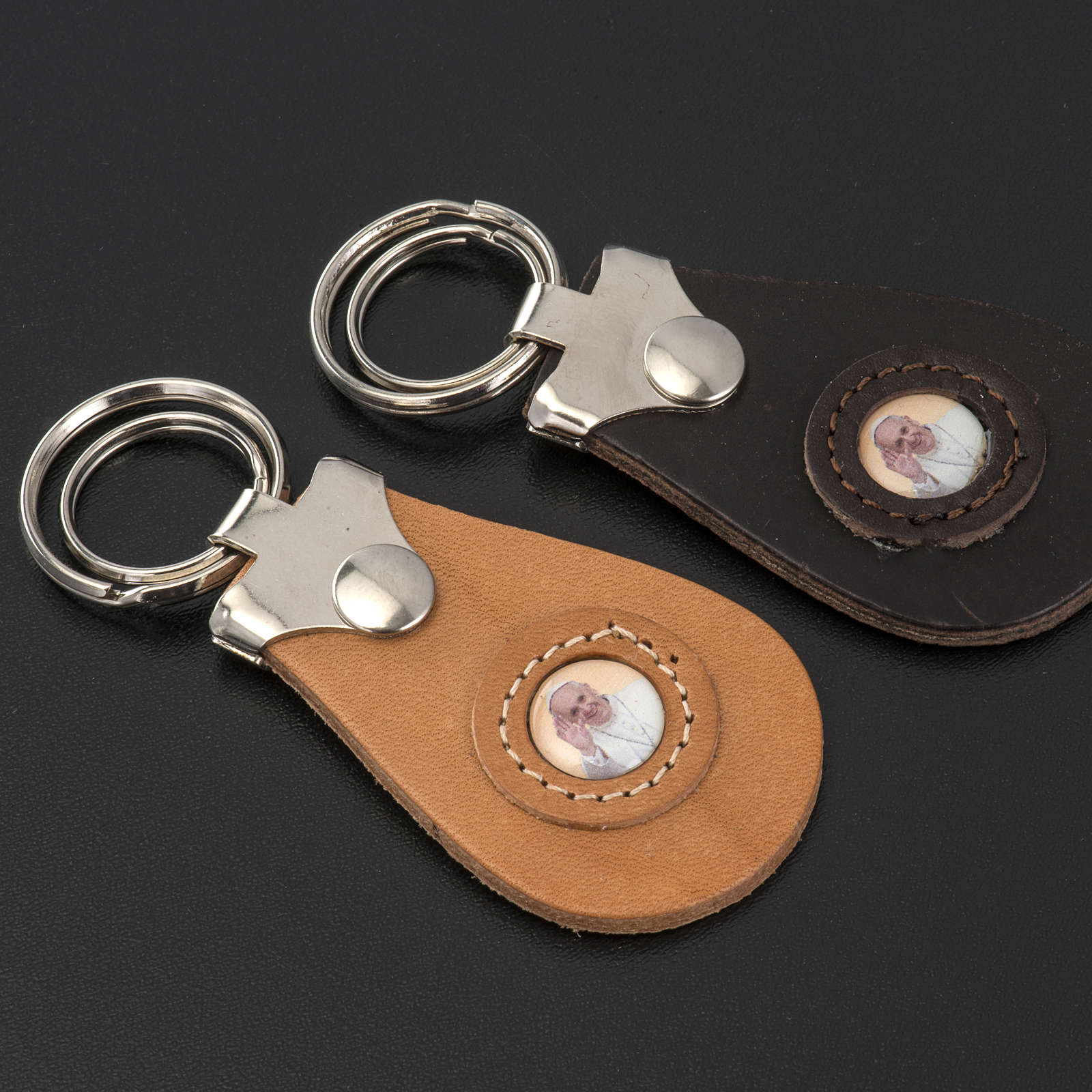 Pope Francis key ring 3