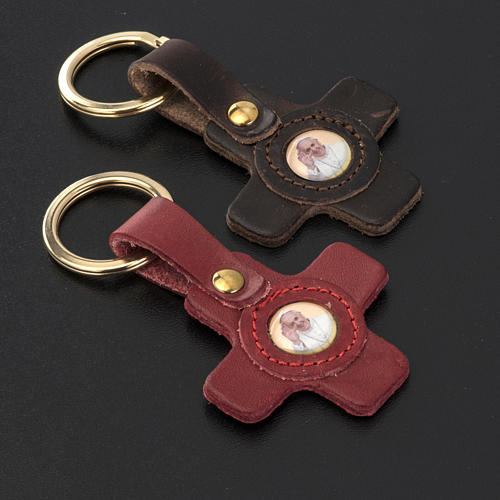 Pope Francis key ring in leather cross shaped 2