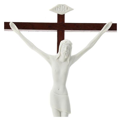 Crucifijo porcelana blanca y madera 20 cm 2