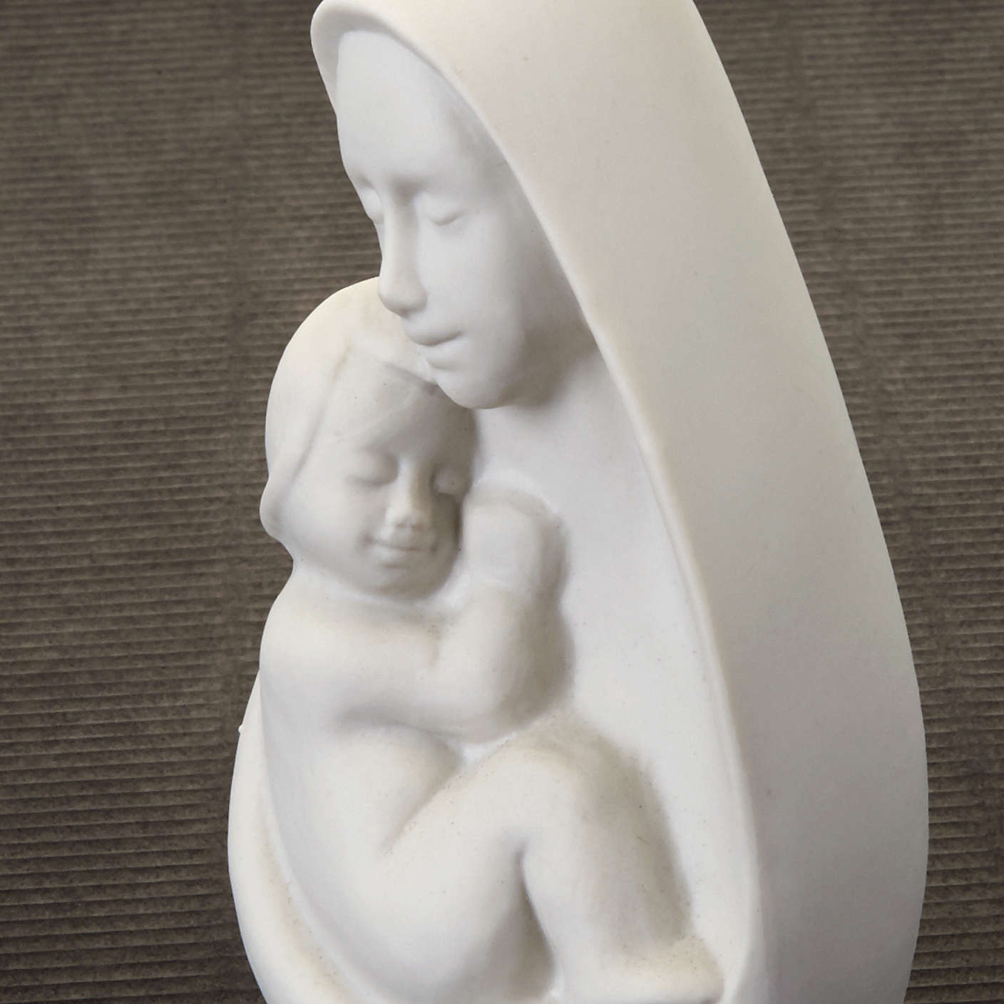 Mother Mary with Jesus bust Francesco Pinton 13 cm 4