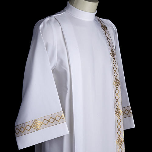 Holy Communion Alb with 2 pleats and golden edge 5