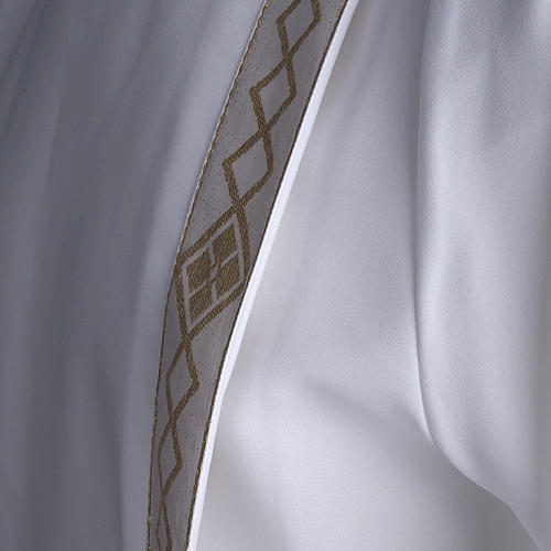 Holy Communion Alb with 2 pleats and golden edge 8