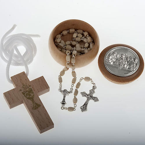 Confección Primera Comunión rosario, cruz 1