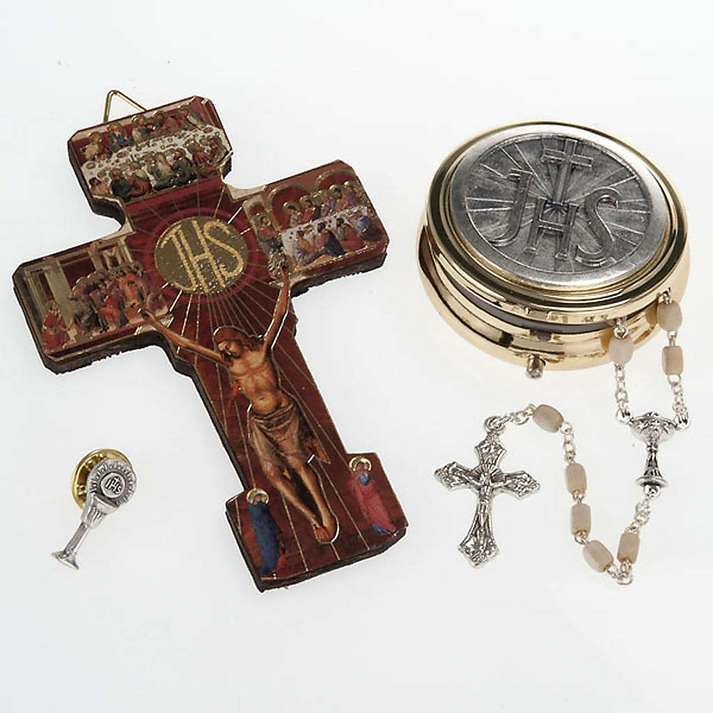 First Communion set with Cross, Rosary, brooch and Rosary box 4