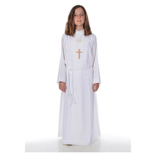 First Holy Communion alb for girl with macramé embroidery 1
