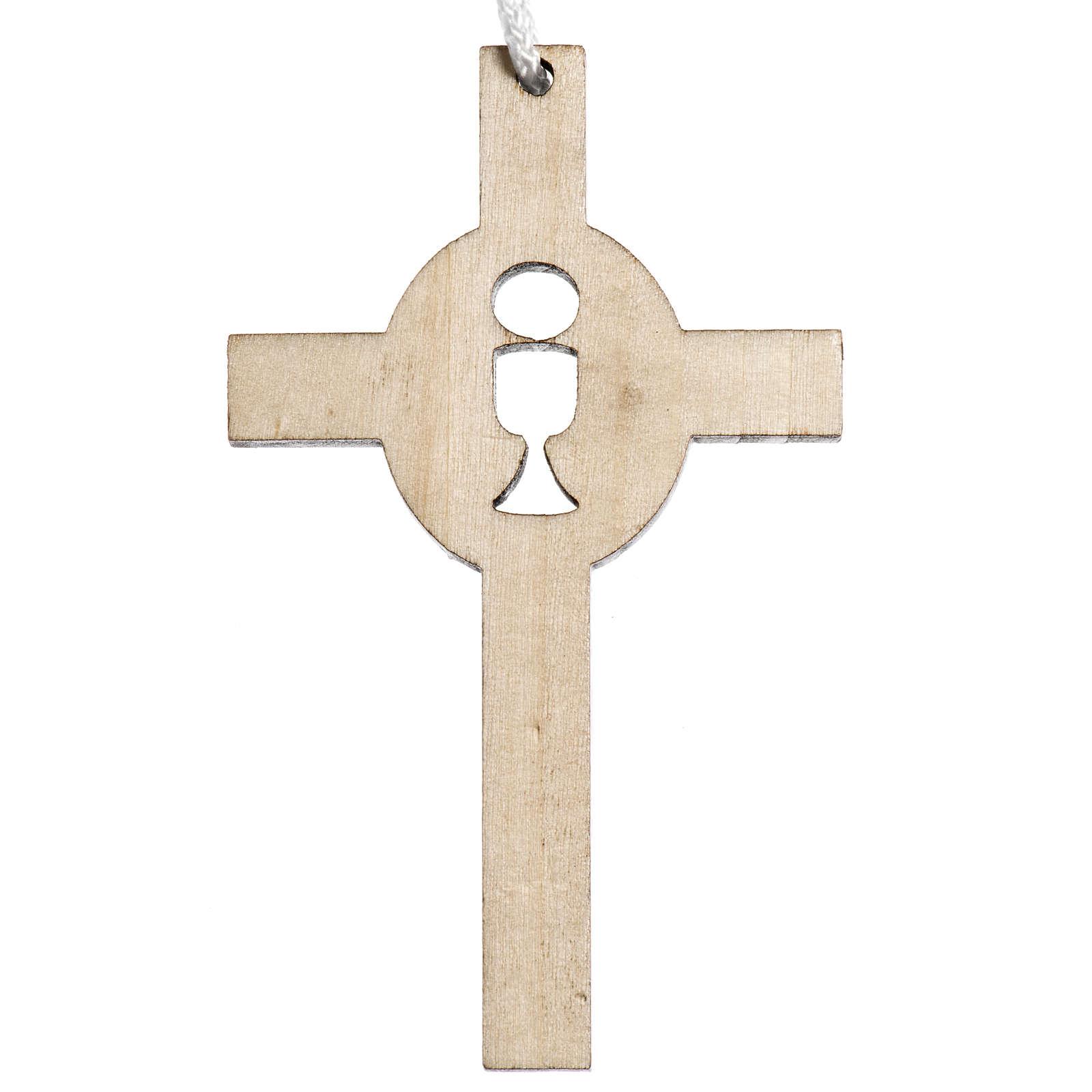 Cruz madera clara primera comunión cáliz hostia tallados 4