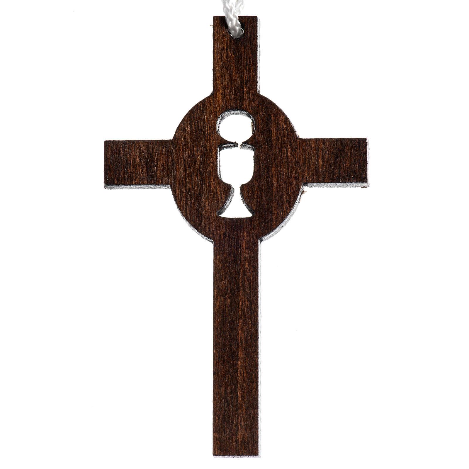 dunkles Holzkreuz für Erstkommunion durchbrochen gearbeitet, Motiv Kelch und Hostie 4