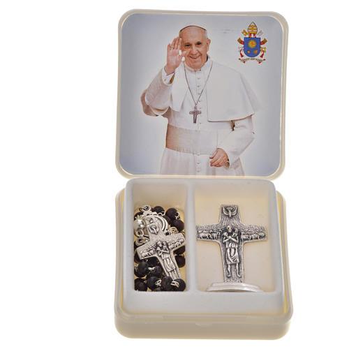 Różaniec mahoniowy i krzyż Papieża Franciszka 1