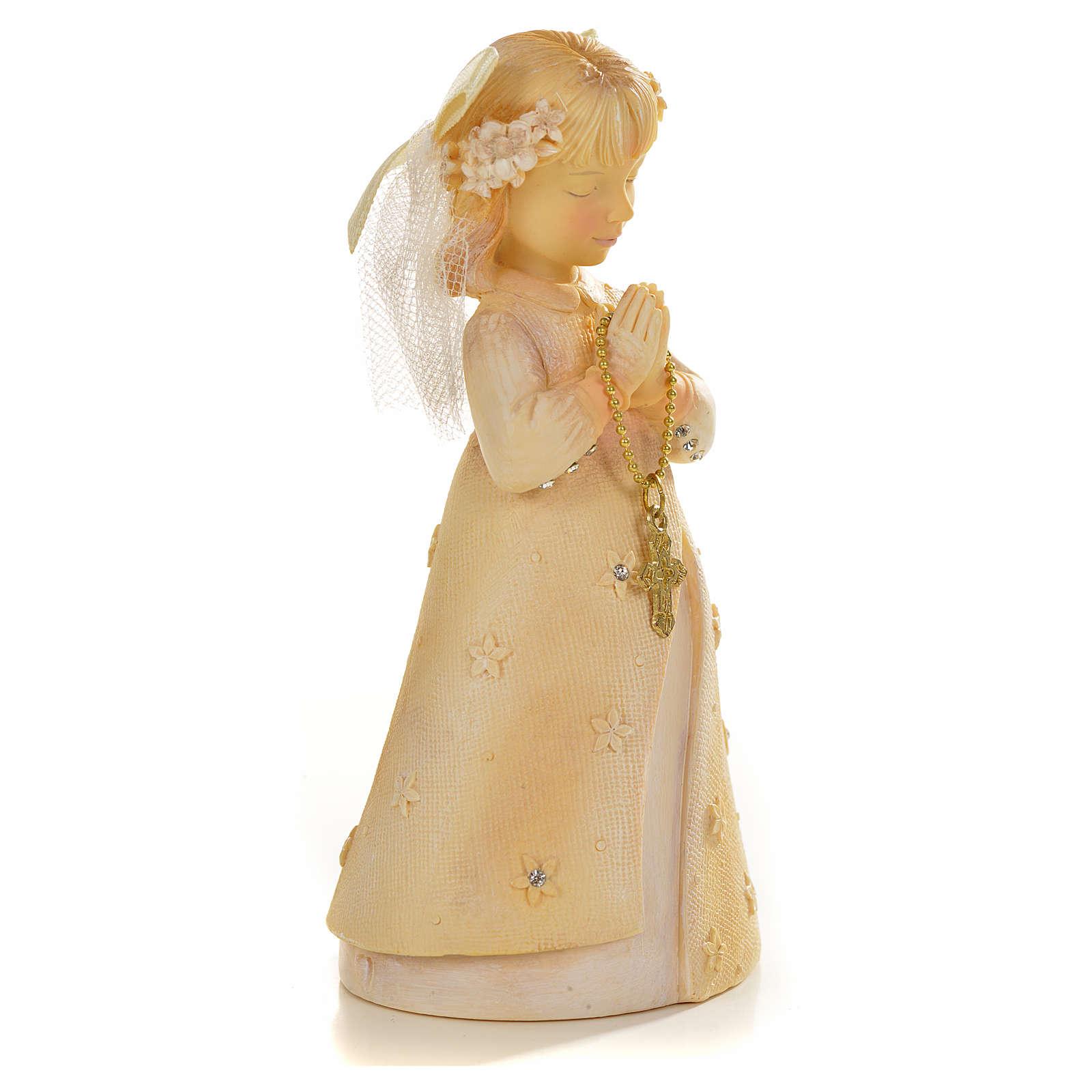 Praying young girl in resin 3