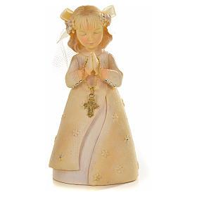 Praying young girl in resin s1