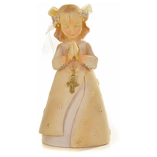 Praying young girl in resin 2