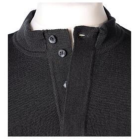 Sweter 50% merynos 50% kołnierzyk kapłański antracyt In Primis s4