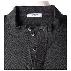 Sweter 50% merynos 50% kołnierzyk kapłański antracyt In Primis s6