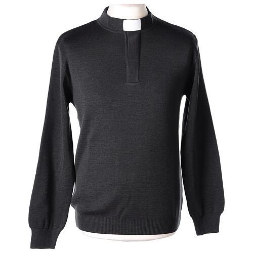 Sweter 50% merynos 50% kołnierzyk kapłański antracyt In Primis 1