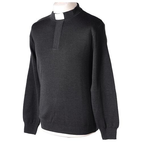Sweter 50% merynos 50% kołnierzyk kapłański antracyt In Primis 3