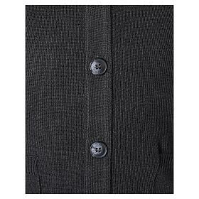 Colete sacerdote antracite aberto com bolsos e botões In Primis s4