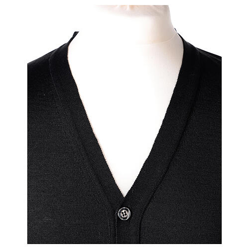 Clergy button-front cardigan black plain knit 50% acrylic 50% merino wool In Primis 2