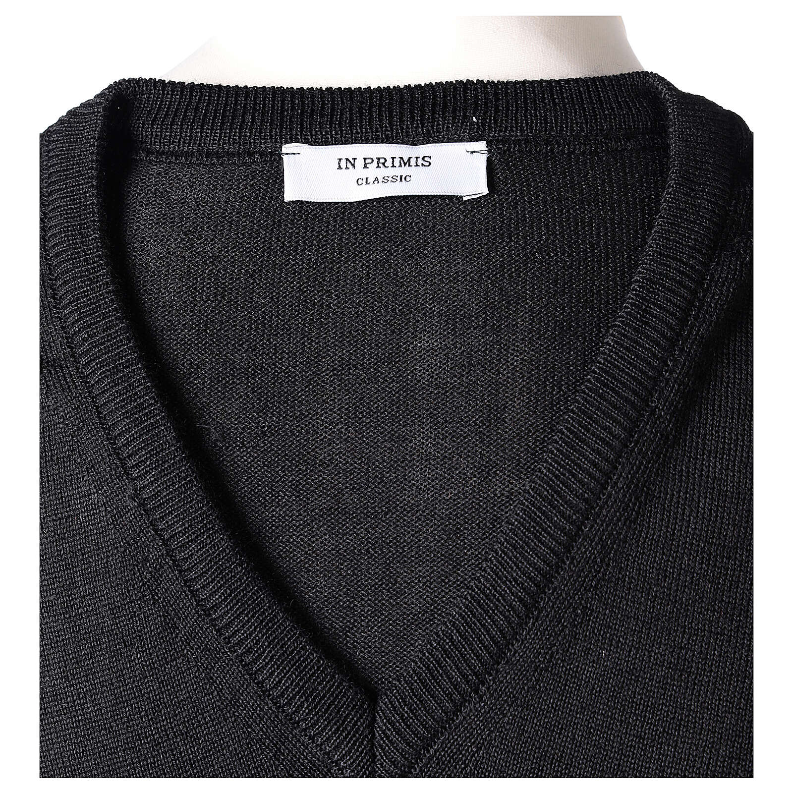 V-neck sleeveless clergy jumper black plain knit 50% merino wool 50% acrylic In Primis 4