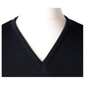 Chaleco sacerdote azul cerrado punto unido 50% lana merina 50% acrílico In Primis s2