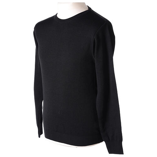 Crew neck clergy black jumper plain fabric 50% acrylic 50% merino wool In Primis 3