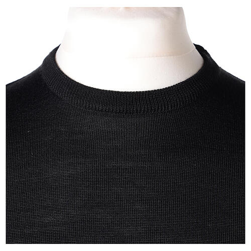 Crew neck black plain knitted jumper for clergymen 50% acrylic 50% merino wool In Primis 2