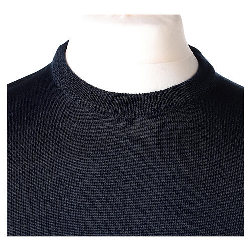 Crew neck blue plain knitted jumper for clergymen 50% acrylic 50% merino wool In Primis 2