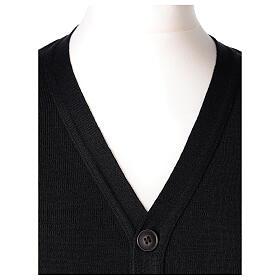Sweter rozpinany na guziki dla księdza czarny kieszonki 50% wełna merynos 50% akryl In Primis s2