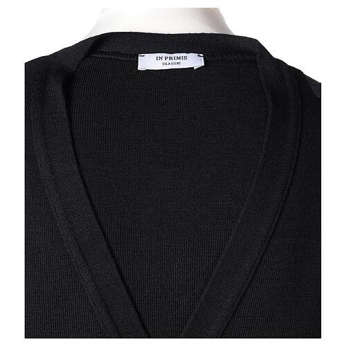 Sweter rozpinany na guziki dla księdza czarny kieszonki 50% wełna merynos 50% akryl In Primis 7